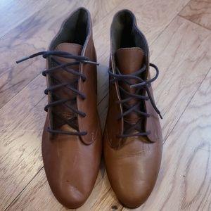 Vintage Munro sport Women's chukka boot
